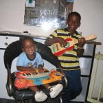 Francisco Jr's brothers playing instruments.